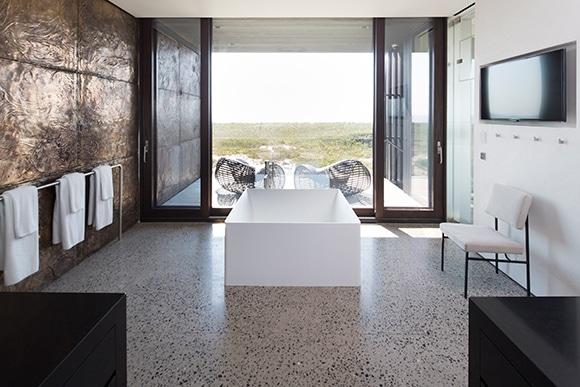 modern-bathroom-long-island-new-york-by-christofffinio-architecture