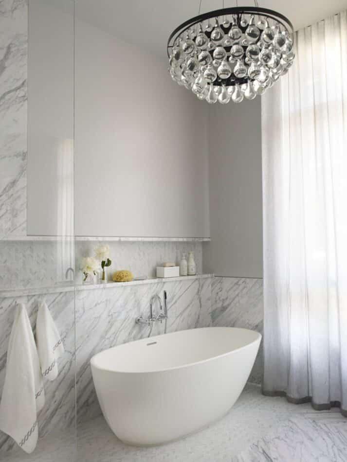 Shawn Henderson bathroom in New York
