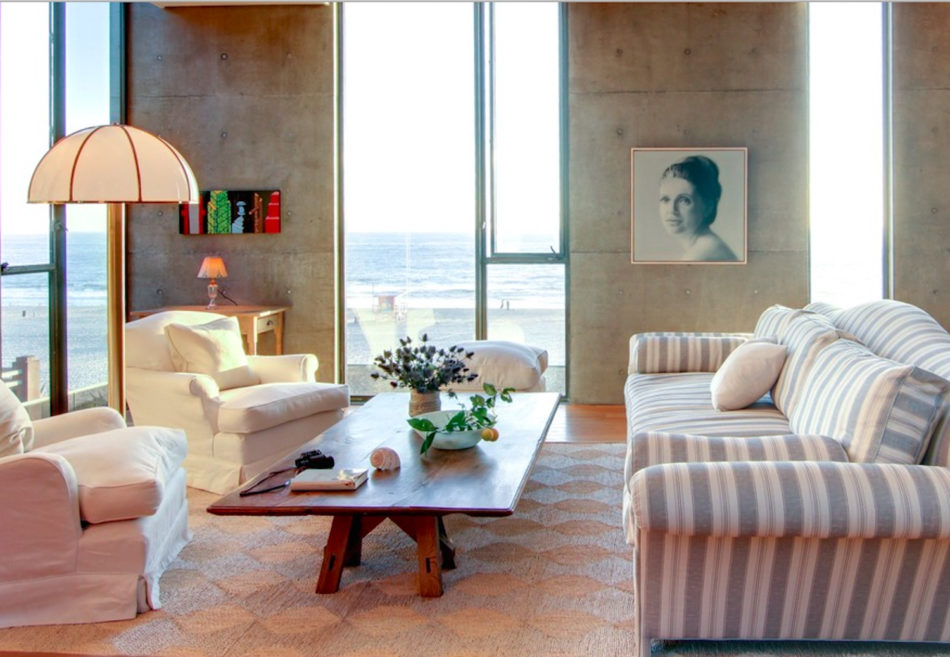Living room in California by David Desmond
