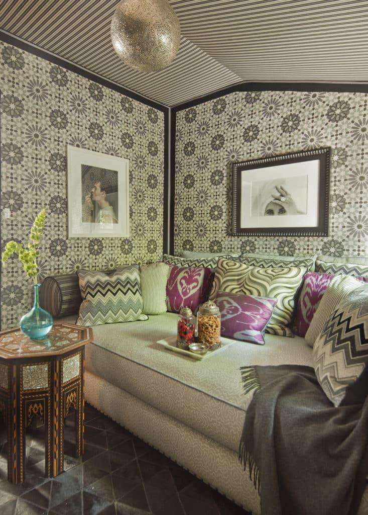 Stylish Study Room: 12 Mesmerizing Moroccan-Style Interiors