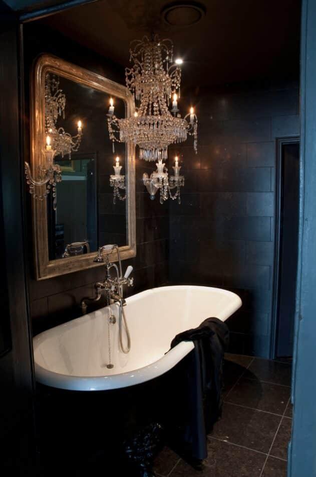 Robert Young bathroom in London